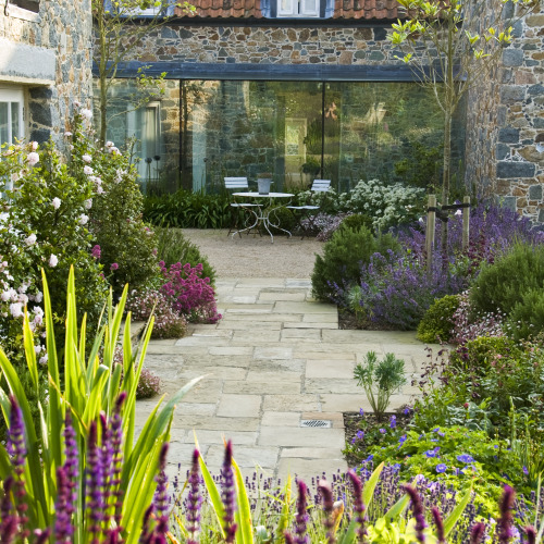 Latest News From Society of Garden Designers